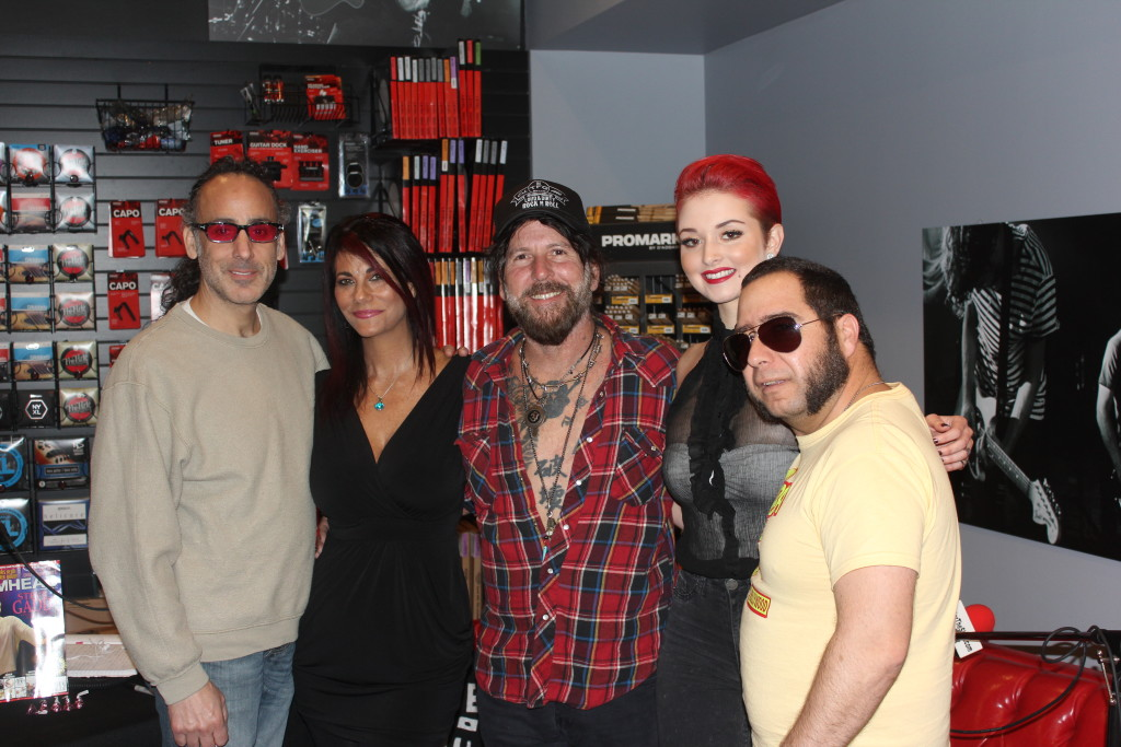 (PicturedL-R) Jonathan Mover, Max, Tracii Guns, Lara and Turrtle